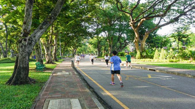 Jogging parks